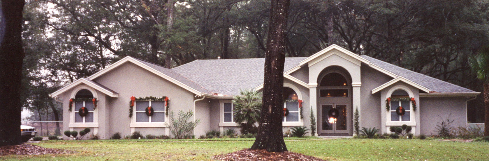 This home is located in norther Florida in the town of Live Oak, appropriately named