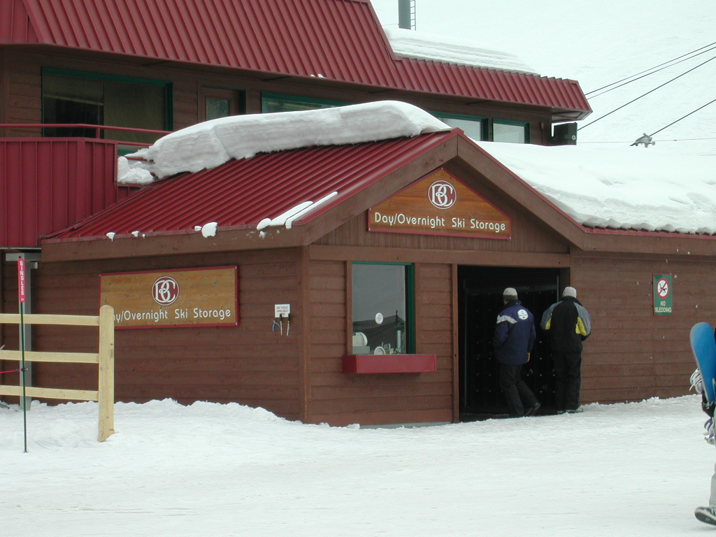 This was an addition to the existing lift operators booth/ski patrol office/race building to house manufactured ski/snowboard locker units. We designed the cosmetic shell/addition, the construction technique of installing these internal units as weel as the sinage.