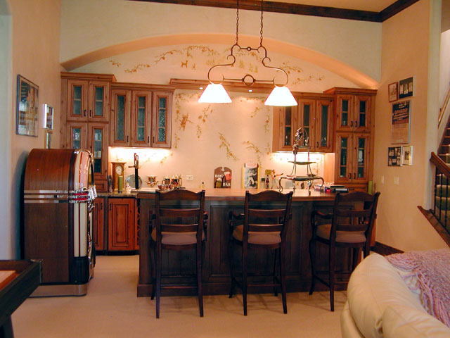 Great The Lower Level Family Room Bar Is Equipped With An Under Counter Wine  Storage As Well As An Under Counter Refrigerator. High Top Counter Seating  At The ...