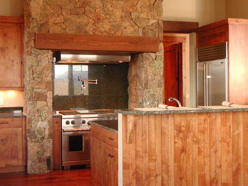 kitchen-with-nook-to-the-left
